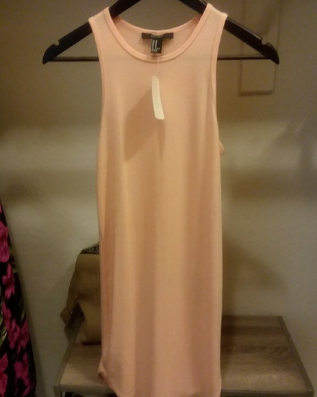Forever 21 Dresses & Skirts - Forever 21 peach dress